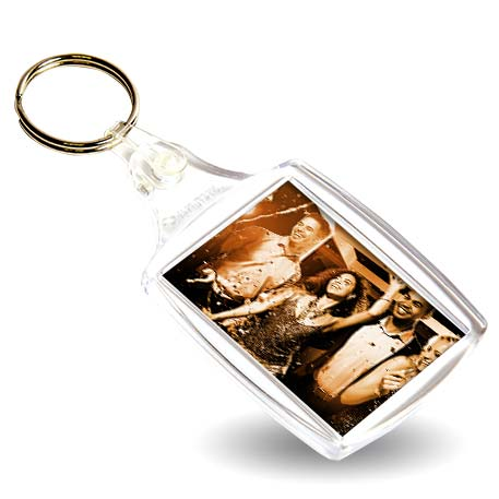 An image of A6 Rectangular Blank Plastic Photo Insert Keyring - 45 x 35mm
