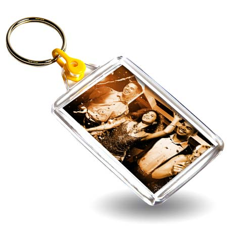 C102 Rectangular Blank Plastic Photo Insert Keyring with Yellow Connector - 50 x 35mm